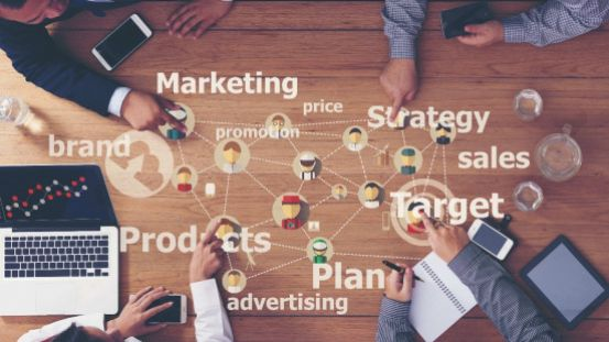How does Data Help in Planning an Advertising Campaign?