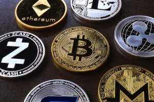 Bitty 300x199 Business Benefits of Investing in Cryptocurrency